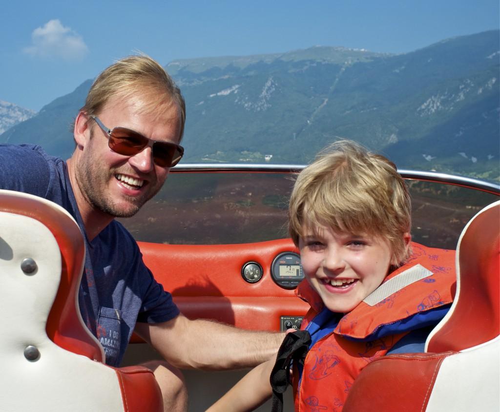 Motorbootfahren auf dem Gardasee